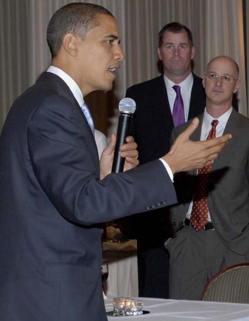 Obama_speaking_close_up